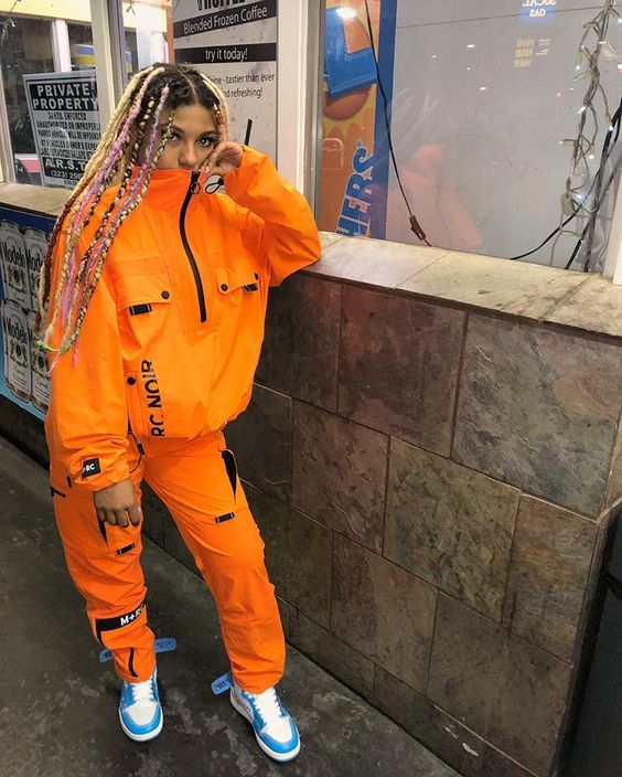 roupas neon laranja