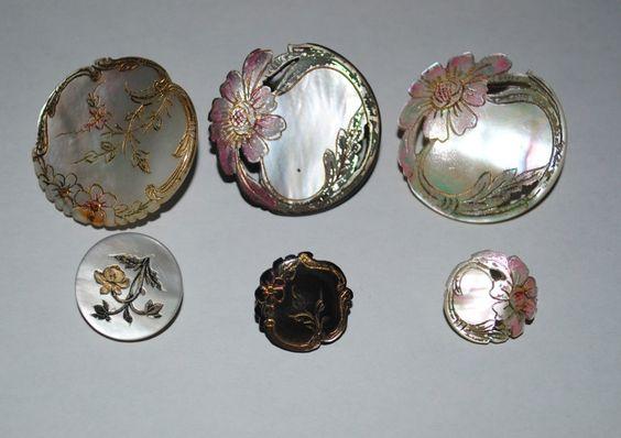 http://www.ebay.fr/itm/Lot-de-6-boutons-en-Nacre-avec-email-dore-tres-anciens-/141499188224?pt=FR_YO_Collections_Boutons