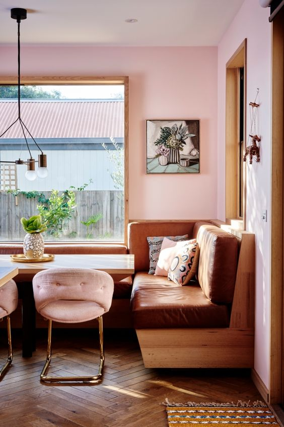 Hayley, a textile designer, and her stunning home on the Australian Coast