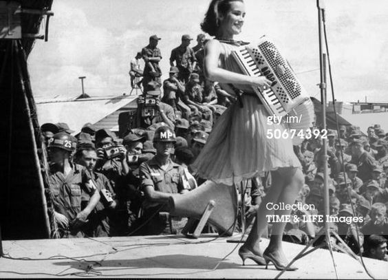 Miss America, Jane Anne Jayroe, entertaining troops in Vietnam. (Photo by Charles Bonnay//Time Life Pictures/Getty Images)