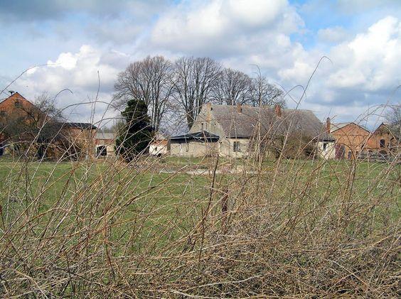 Panoramio - Photo of Hansfelde, Gutshof