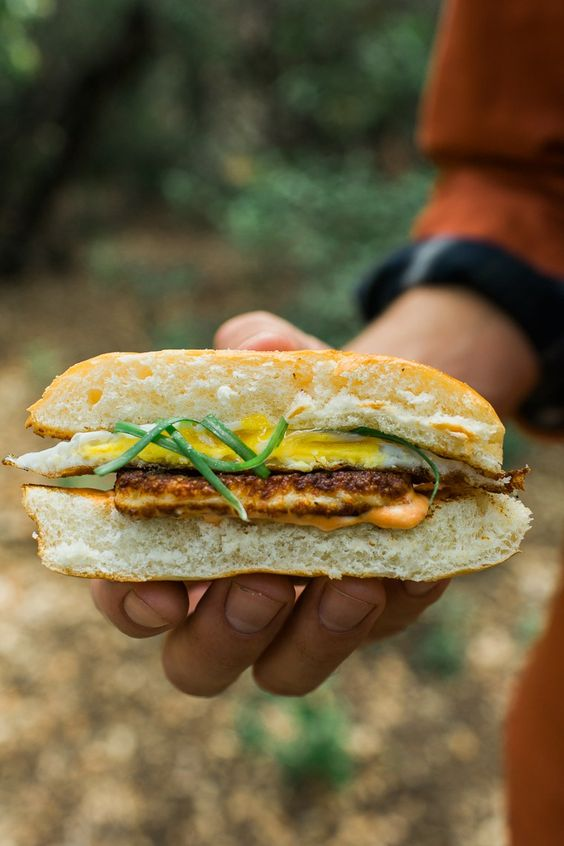 One of our most popular recipes - grilled halloumi cheese, spicy Sriracha mayo, and a fried egg, sandwiched in a sweet Hawaiian roll bun. YUM!