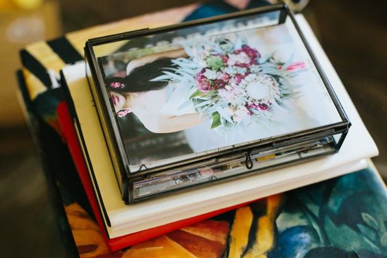 Amazon.com: La Rousse Glass Photo Box (Silver, 4x6): Home & Kitchen