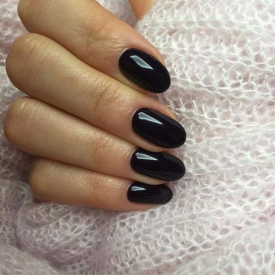 The Most Popular Nail Shapes For Spring 2020 Society19 In 2020 Rounded Acrylic Nails Round Nails Acrylic Nail Shapes
