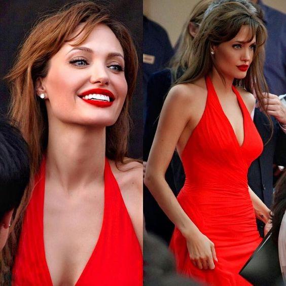 赤ドレスのアンジェリーナジョリー