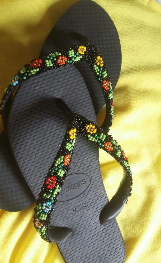 Chinelo havaianas bordados