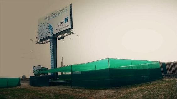 An Innovative Billboard That Produces Fresh Lettuce & Clean Air For Residents - DesignTAXI.com