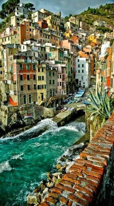 Monica Conde, Liguria