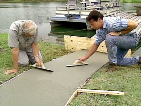 How To Pour a Concrete Walkway : How-To : DIY Network