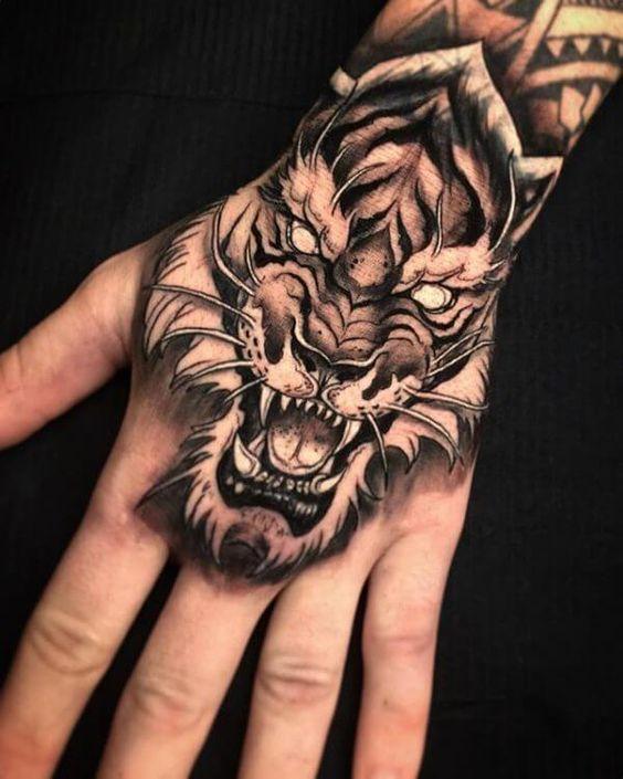 best hand tattooos for men, tiger