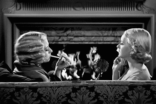 Joan Blondell and Bette Davis in the pre-code drama Three on a Match (Mervyn LeRoy, 1932)