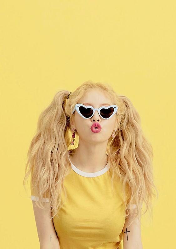 #pink#girl#tumblr#aesthetic#bulletin#yellow#sunglasses#model#fashion