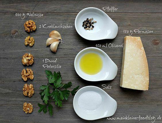 Leckeres Walnuss-Pesto mit Petersilie und Parmesan | www.meinkleinerfoodblog.de