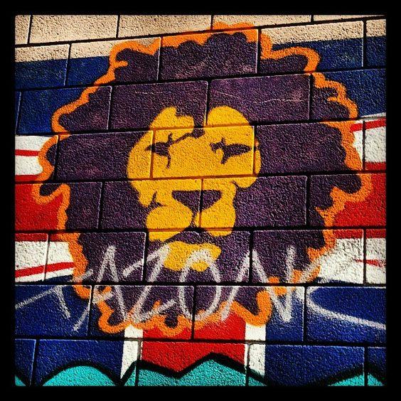 Camden Lion #streetart #graffiti #camden #london #lion
