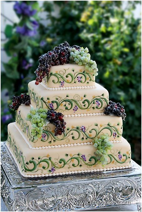 Our Italian style wedding cake… I need look no further!