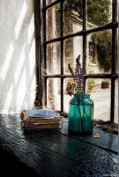Shabby glass vase