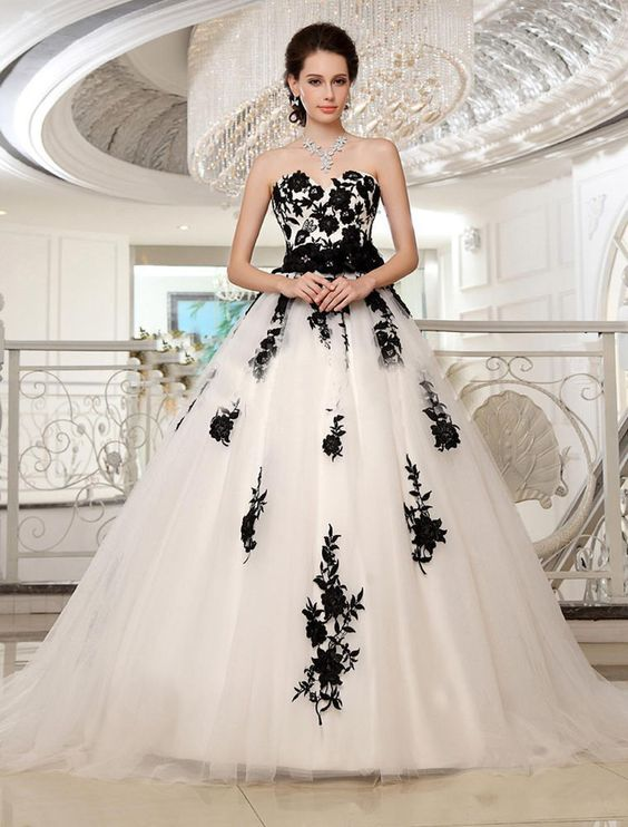 Simple White/Black Appliques Wedding Dresses Formal Sweetheart Bridal Ball Gowns #Unbranded #Formal