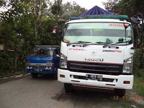 Truck Isuzu F Series Antara Isuzu Giga Dan Isuzu Forward Chevrolet Truk Kabin