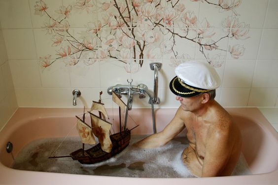 I love you Bill Murray and I am sorry but I need this picture for that tub and flower combo!:
