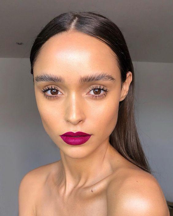 19.7 тыс. отметок «Нравится», 266 комментариев — Nikki_Makeup (@nikki_makeup) в Instagram: «A statement lip for Brazilian beauty @gabriellap_f Lip is a mix of @anastasiabeverlyhills liquid…»