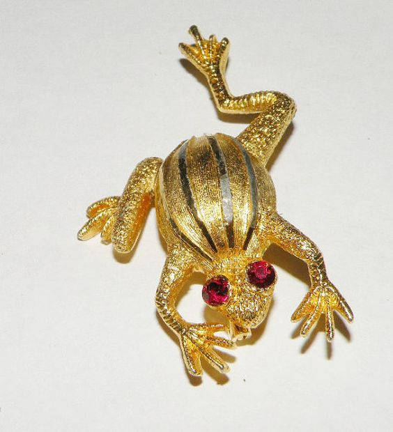 Vintage Frog Pin Poison Frog Tree Frog Brooch Red by Eosophobish, $8.00