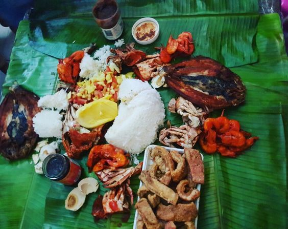 Boodle Fight...