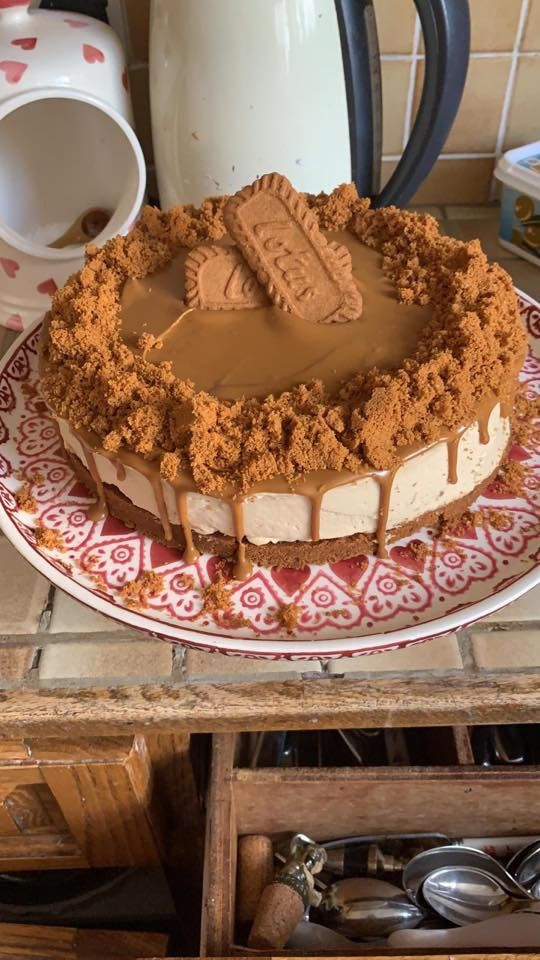 How To Make A Mega Tasty Lotus Biscoff Cheesecake At Home Rate My Plate Biscoff Cheesecake No Bake Cake Tasty