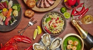 Menus at Mezza9 – Grill, Sushi, Sunday Brunch, Seafood,… - Martini Bar Singapore Grand Hyatt Hotel