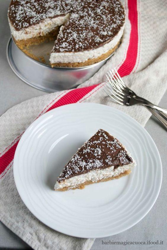 Cheesecake al cocco e cioccolato senza cottura