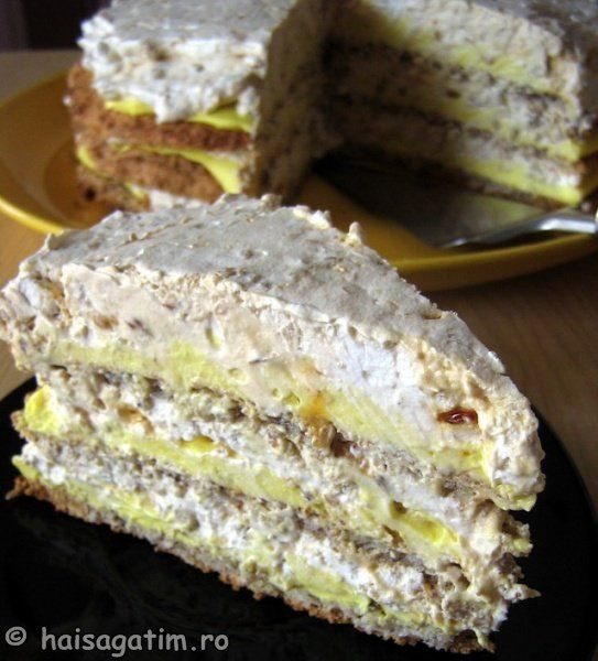 TORT EGIPTEAN: Romanian Sweets, Delicious Desserts, Homemade Food Recipes, Sweets Recipes, Romanian Recipes, Recipes Deserts, Retete Torturi, Cooking Recipes, Romanian Food