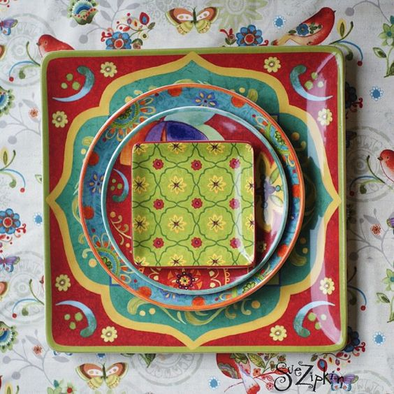 I love mix-and-match . If you happen to purchase my Tunisian sunset dinnerware and are a quilter you could probably create some really cool tablecloths ect. with #bohemianchic fabric from #clothworks #dinnerware #mixandmatch #suezipkinart #eclectic #quiltfabric