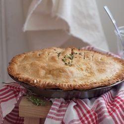 Apple Pie with Lemon Thyme and Ginger | yumm-o | Pinterest | Apple ...