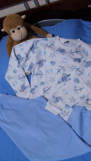 ALINHAVOS DE IDEIAS...: Pijama para os meninos!!