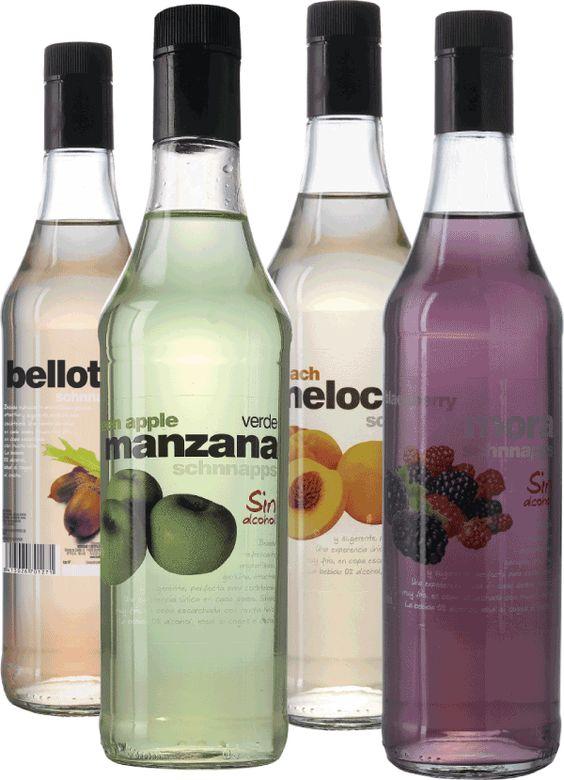Licores de fruta sin alcohol manzana, melocotón, mora, bellota