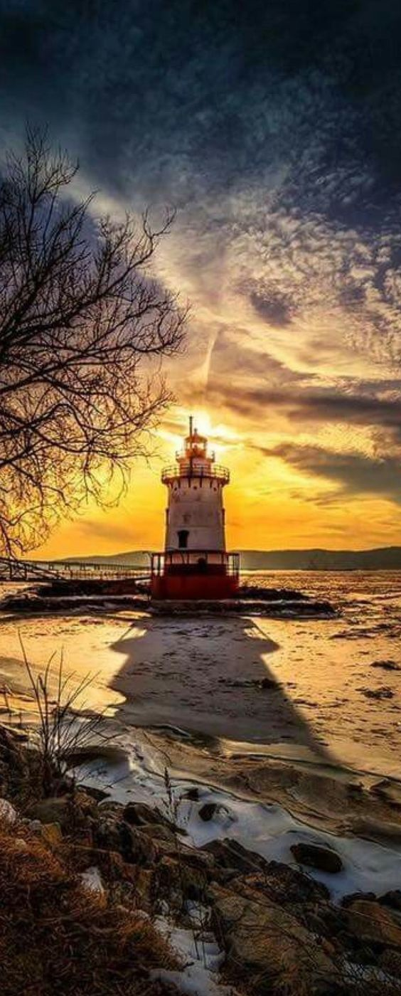 Into The Night Sunset Landscape Photography Lighthouse Pictures Beautiful Lighthouse