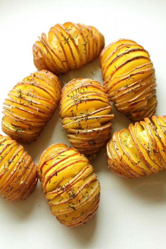 Thyme-garlic-hasselback-potato