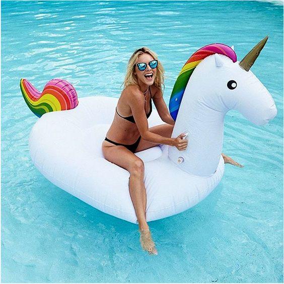 Nuevo Vacaciones de Verano Juguete de La Piscina Inflable 2.7*1.4*1.2 M Blanco Unicornio Pegasus Inflable Balsa Flotadores de Agua Aire colchón(China (Mainland)):