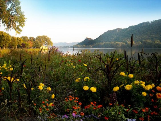 Two-day getaway to Winona | Midwest Living