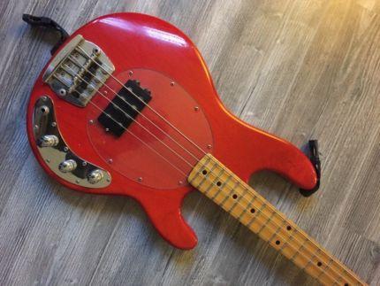 MusicMan Bass Stingray 2Bd. - 1986 - rot transparent in Schleswig-Holstein - Wattenbek | Musikinstrumente und Zubehör gebraucht kaufen | eBay Kleinanzeigen
