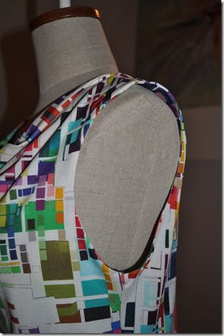 How to sew a sleeveless top with facings