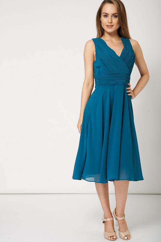 SLEEVELESS PARTY DRESS WITH CREASED DESIGN