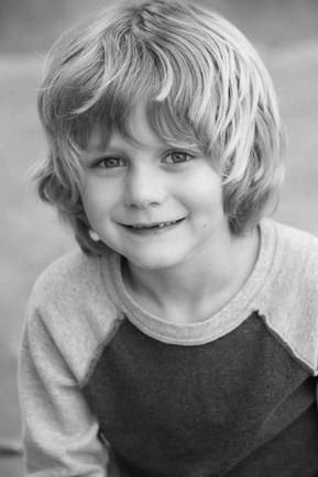 Ty Simpkins, actor.. please follow me,thank you i will refollow you later