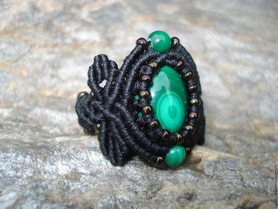 Купить Кольцо с малахитом - тёмно-зелёный, малахитовый, черный, черный с…