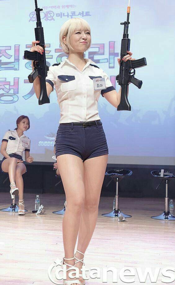 Pin On Girls Guns