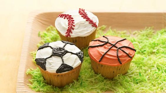 Celebrate the big win by decorating sports cupcakes for the kids. Watch as Betty Crocker® shows you how to make treats that everyone will cheer about!