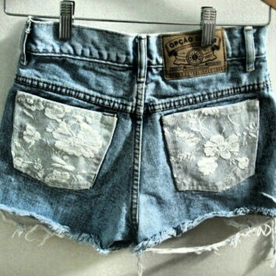 yay for lace and cutoffs combined!