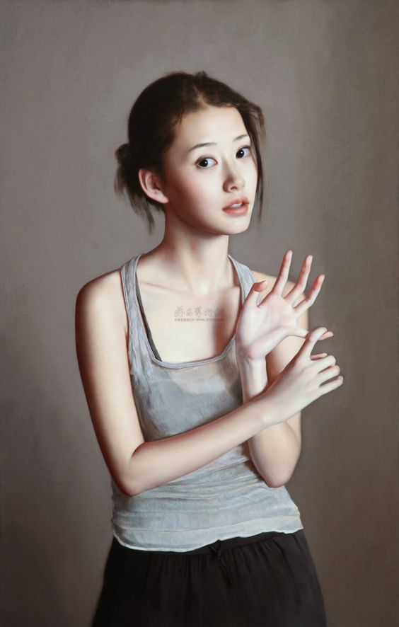 Artist: Li Gui Jun (李貴君), b. 1964, Beijing, China {figurative realism art beautiful female standing asian woman painting #loveart}