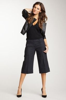 Now that's how you wear gaucho pants | pants | Pinterest | Gaucho ...