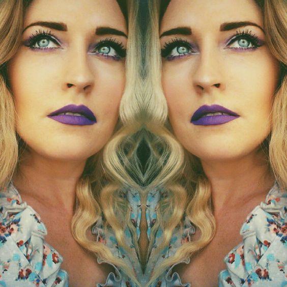 """Diesen Look mit dem Liquid Suede Cream Lipstick """"Amethyst"""" @nyxcosmetics_de @nyxcosmetics gibt es jetzt auf meinem Blog (Link in der Bio ). #beauty #beautyblogger #beautyblog #makeup #makeuplook #nyx #purple #purplelips #violett #nyxcosmetics #cosmetics #beautyaddict #makeupaddict #beautygram #germanbeautyblogger #bblogger_de #lilalippenstift #suede #amethyst #instalike #instamakeup #selfie #motd #instabeauty #fotd #mirrorselfie #creative #blueeyes #blondehair"""