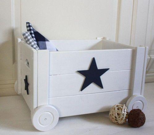 Bed van steigerhout - slaapkamer jongen  Pinterest - Bedden
